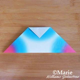 Folding paper origami
