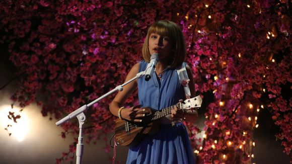 America's Got Talent candidate Grace VanderWaal has done it once more.