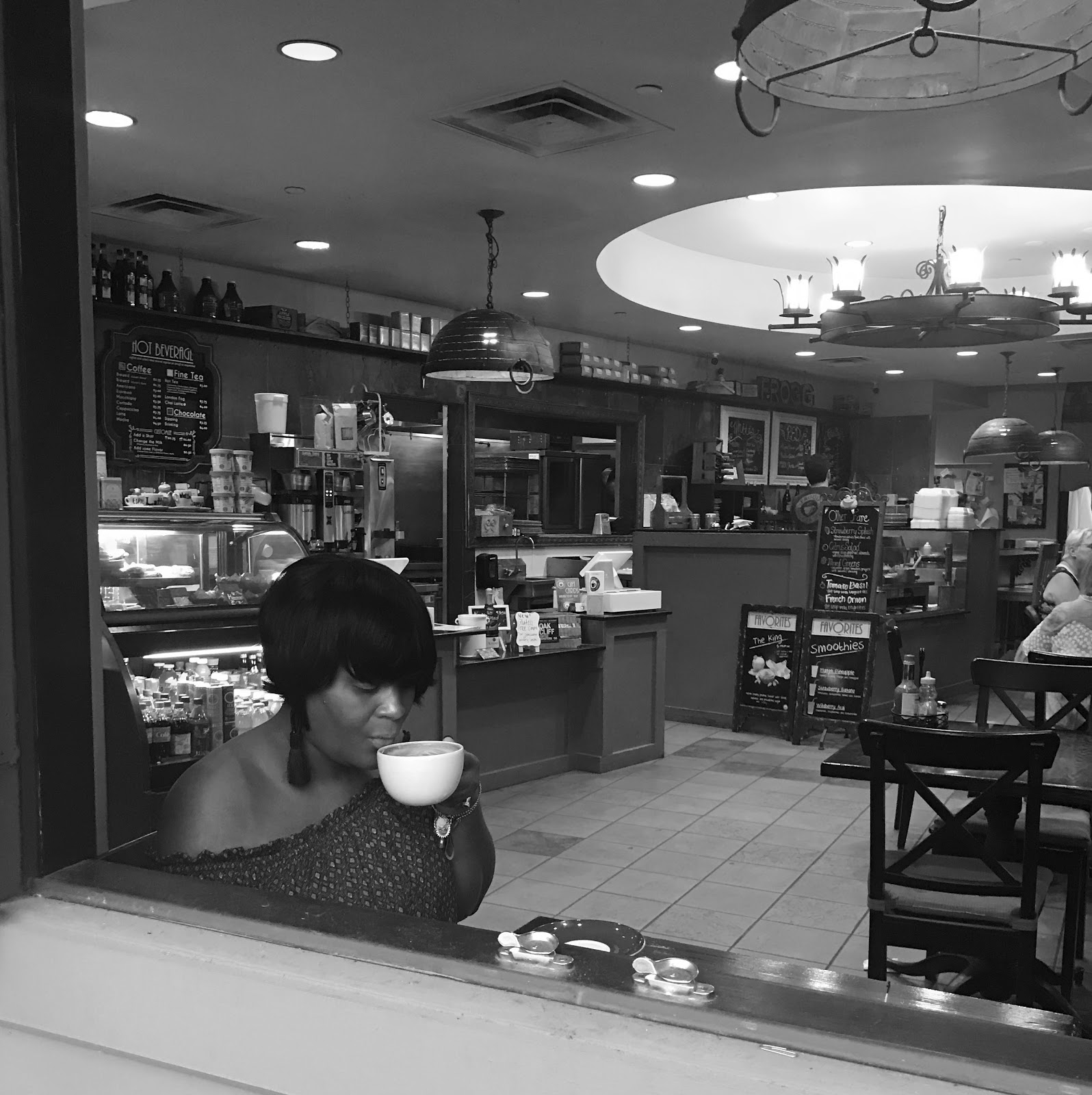 Image: Woman In Coffee Shop Sharing Morning Babbles seen first on Bits and Babbles.   This morning I woke up with ten things I needed to do before work this morning. And to be honest, only four of them were important.