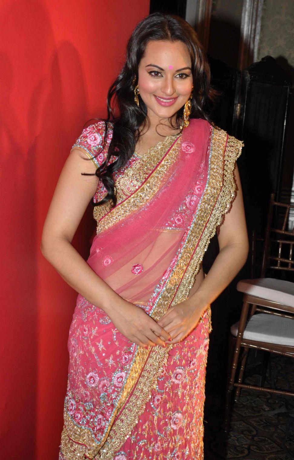 saree sinha sonakshi bollywood actress latest ramp walk pink wallpapers navel transparent celebrities photoshoot she bubbly biography rampwalk club hollywood