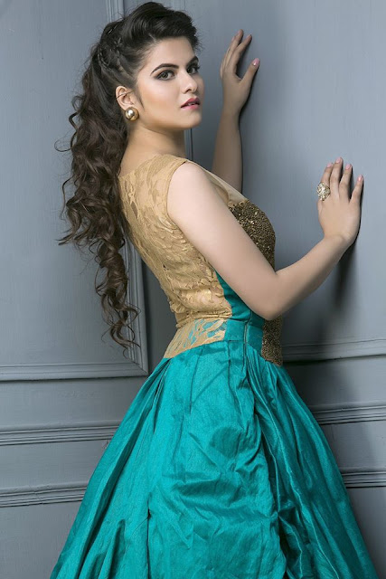 Model: Ashima Swami | Photo Gallery