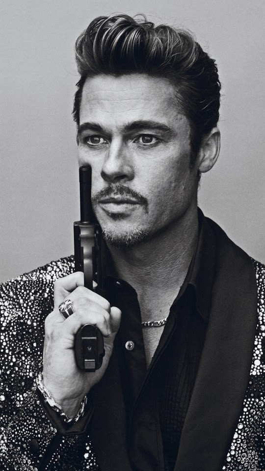 Brad Pitt with A Pistol   Galaxy Note HD Wallpaper