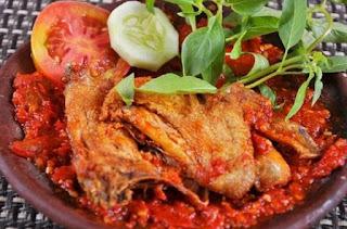 Cara Membuat Ayam Penyet Enak Renyah Dan Lezat