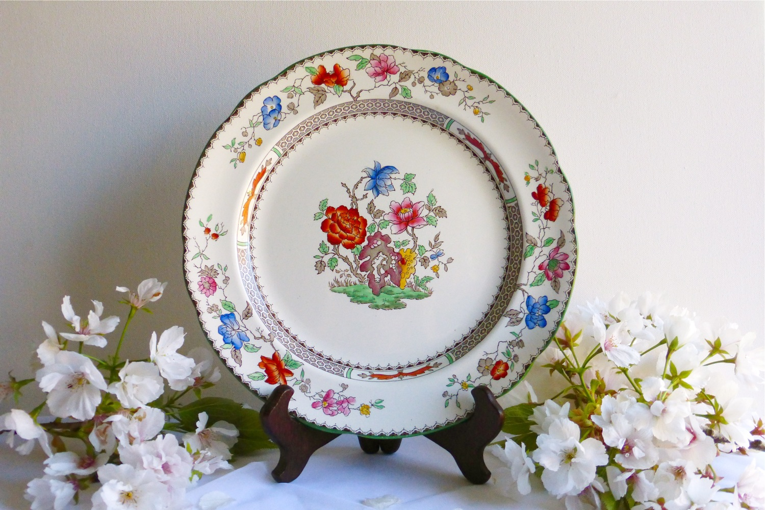 Copeland Spode Chinese Rose, Copeland Spode Chinese Rose dinner plate, chinoiserie, chinoiserie revival, English china, English chinese-style china