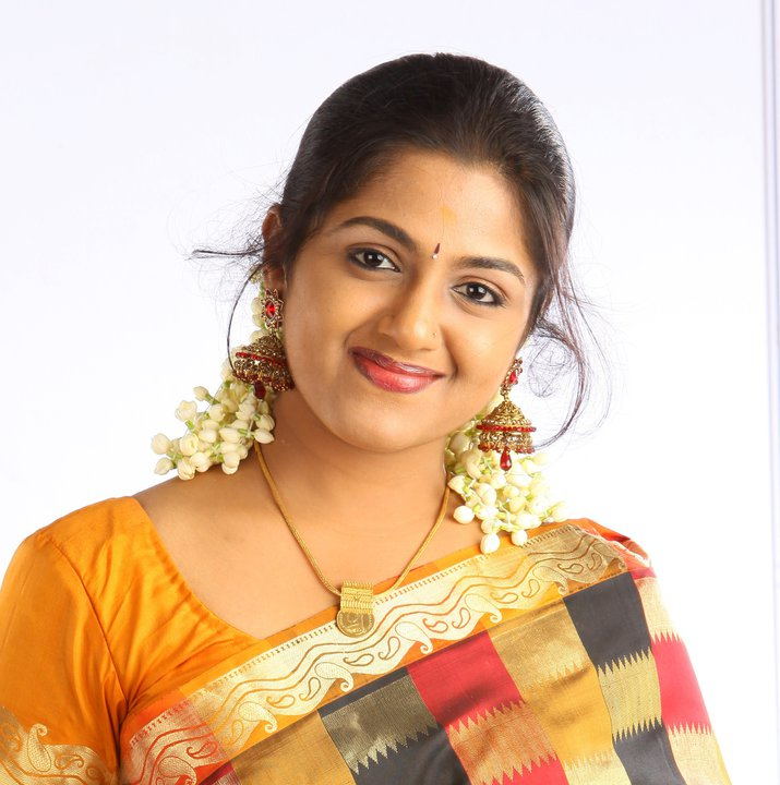 Veena Nair Tv Anchor: Actress Face: Serial Actress Anjana Haridas Cute Images