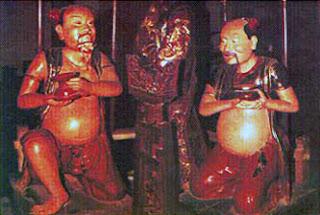 Tượng gỗ Đồng Minh