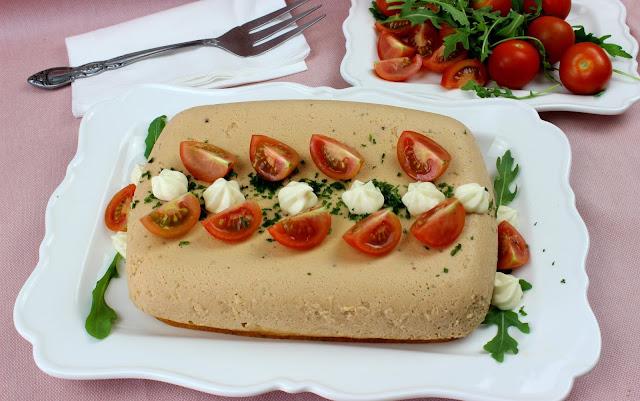 Pudin de atún con tomate. Julia y sus recetas