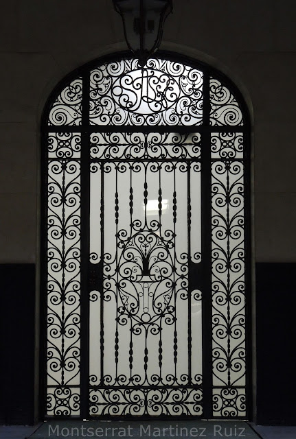 Puerta enrejada   Montse Fotoblog