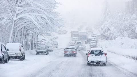 Az erős havazás miatt lezárták a podgoricai repülőteret