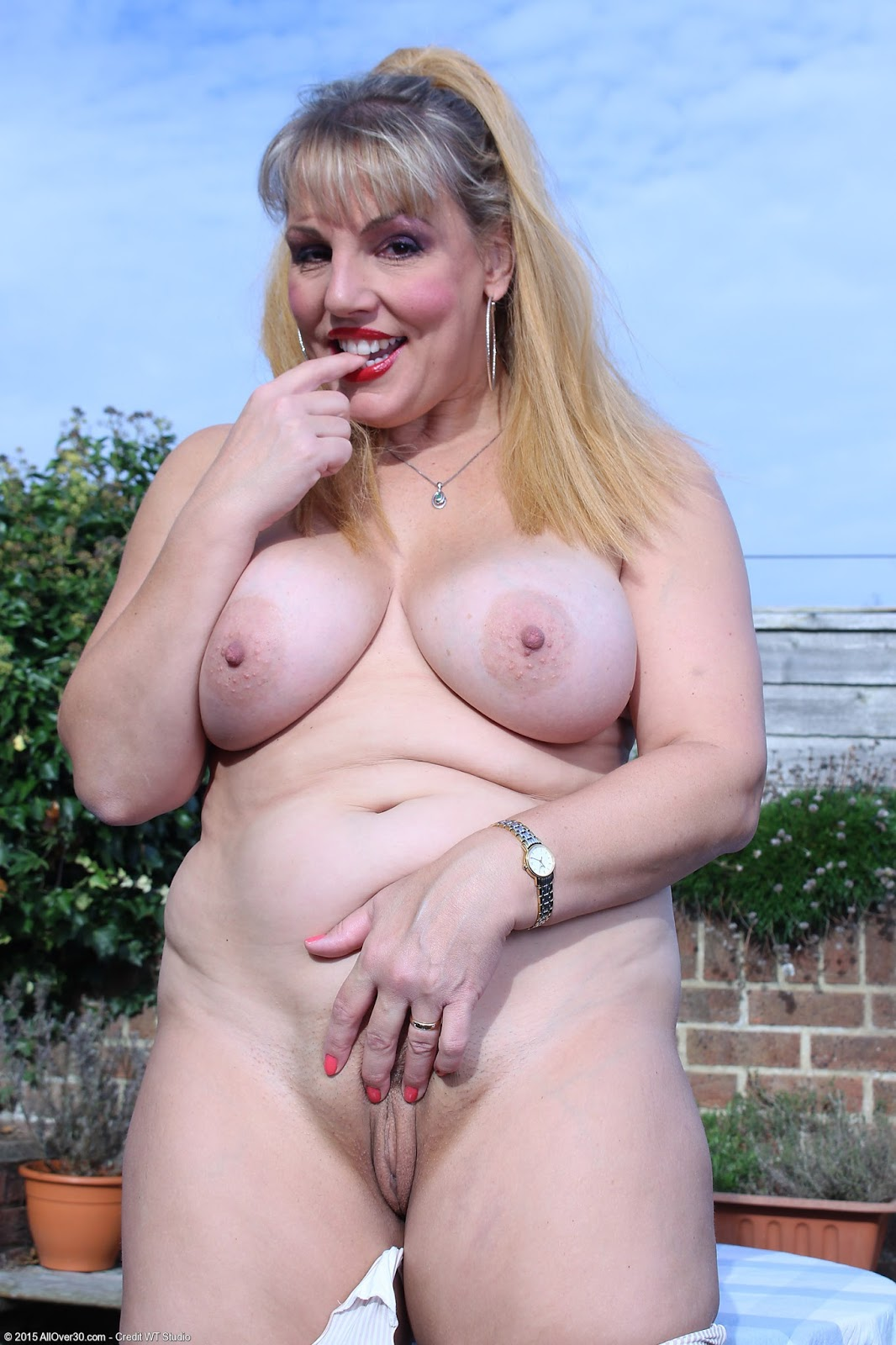 Old granny bbw crazy gypsy - 2 part 9
