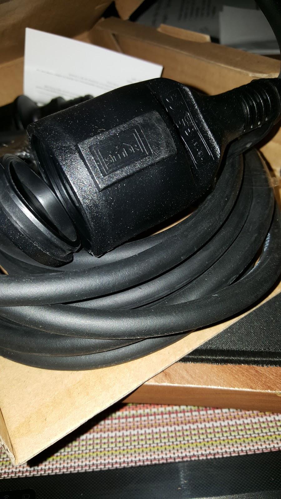 mona 39 s blog simbr verl ngerungskabel gummi kabel f r den. Black Bedroom Furniture Sets. Home Design Ideas