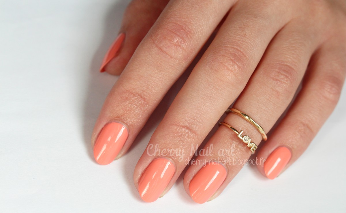 vernis Essie 372 Peach side babe