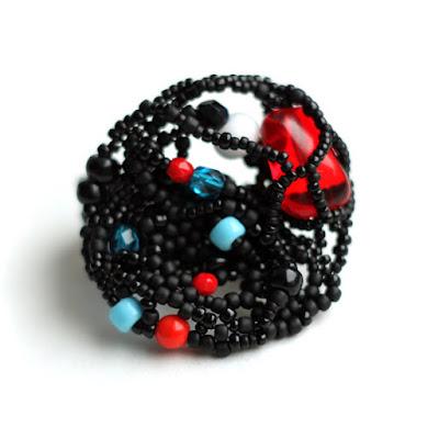 крупные украшения кольца купить черное кольцо в готическом стиле россия