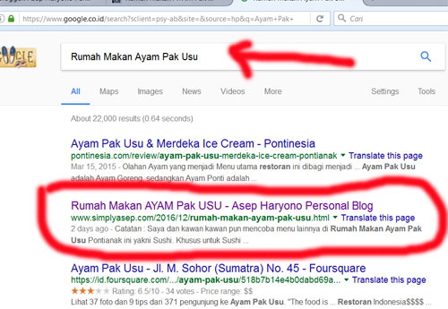 """Ini rekaman beberapa jam yang lalu saat saya mengetikan kata kunci """"Rumah Makan Ayam Pak Usu"""" menempatkan artikel saya yang membuat kata kunci itu di urutan nomor 2 mesin pencari Google"""