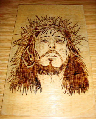 Jesus Cristo em pirogravura