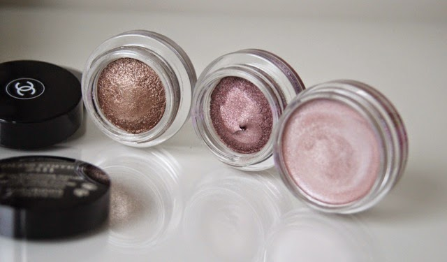 chanel illusion d'ombre initiation fatal bourjois color edition petale de glace cream eyeshadow