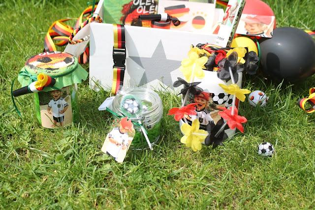 Fussball WM to go in der Kiste DIY Idee Mitbringsel Jules kleines Freudenhaus