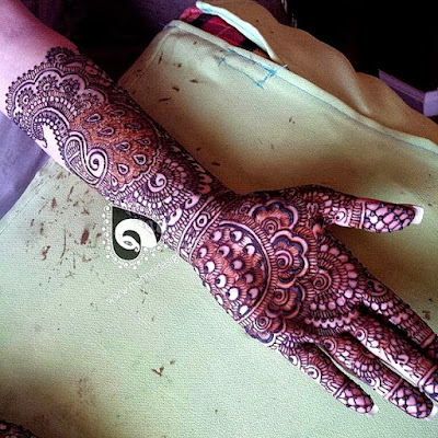 special-chand-raat-henna-designs-for-eid-2016-17-for-hands-5