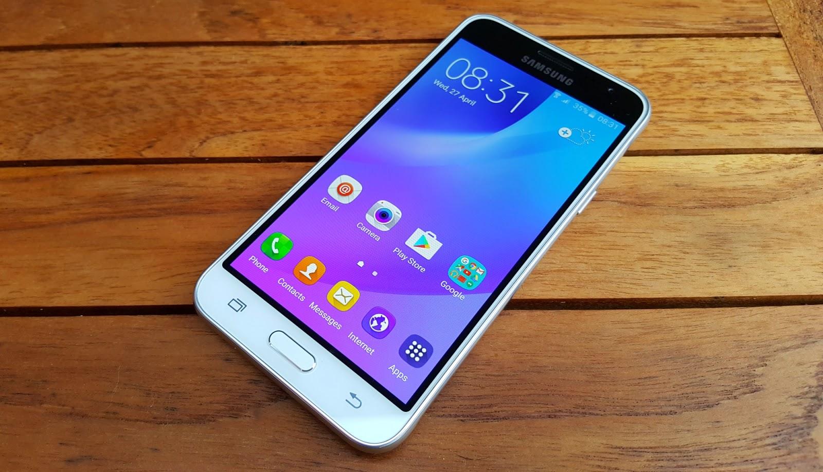 Samsung Galaxy J3 si scalda troppo durante la ricarica. E' normale?