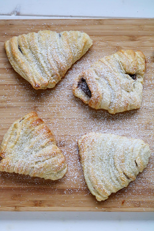 Sfogliatella (the cheats way) | Bake Off Bake Along | Hungry Little Bear
