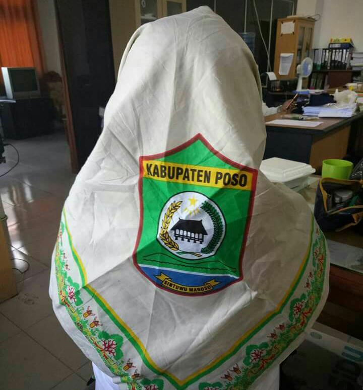 Tegas Fpi Poso Tolak Logo Pemda Pada Jilbab Pegawai Pemda Poso