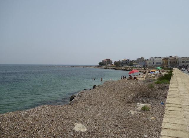 il litorale nel centro storico di Marzamemi