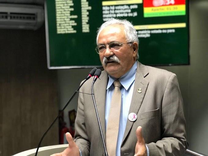 Projeto de lei de João Dantas irá estimular, promover e formar cuidadores voluntários de idosos em Campina Grande