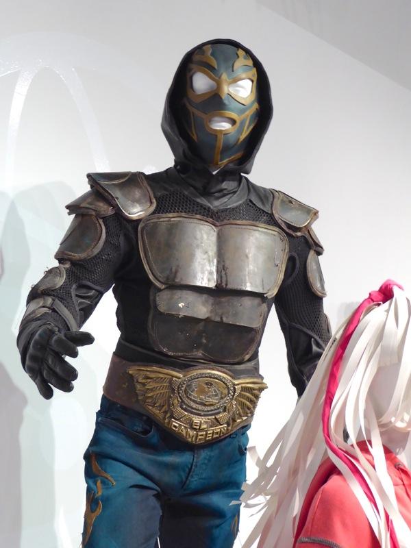 Heroes Reborn El Vengador costume