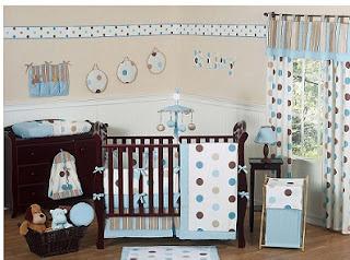 dormitorio de bebé con lunares