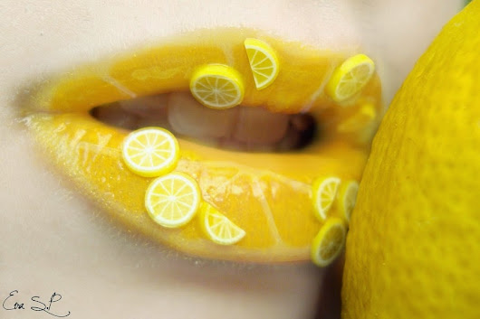 13 Ways To Become More Beautiful Using Lemon