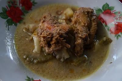 Ayam pendang nya menggoda foodblogger Pontianak