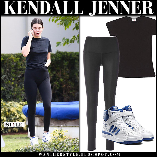 Kendall Jenner in black tee and black leggings casual street fashion november 27