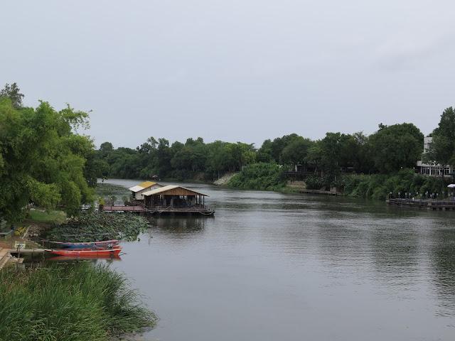 Vistas del río Mae Klog sobre el Puente - Kanchanaburi
