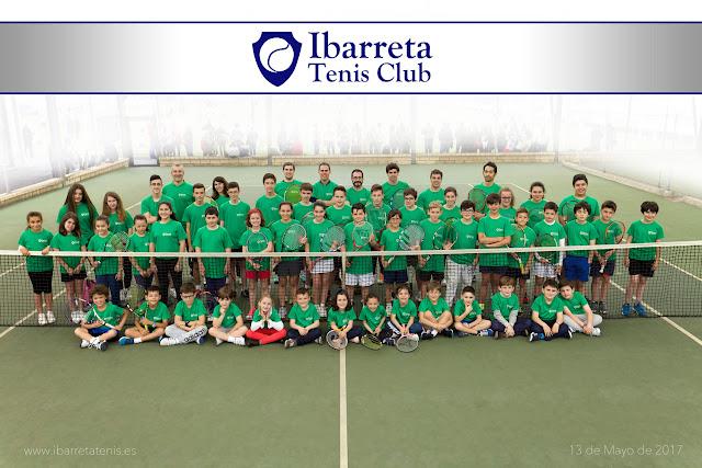 Socios del club de tenis Ibarreta