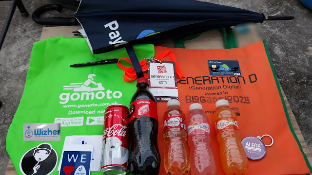 My loot from Paymaya, Gomoto, VOffice, Wizher, Victoria Court, Deuter, TNP, Coca Cola, Wilkins Delight, and Alfox!