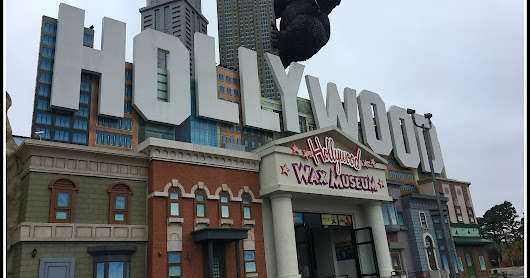 Hollywood Wax Museum Entertainment Center {Branson Reviews}