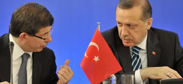 """Οι πραγματικοί λόγοι της """"καρατόμησης"""" Νταβούτογλου από τον Ερντογάν"""