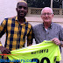 MZIMBABWE WA SINGIDA UNITED TAFADZWA KUTINYU AMFUATA PLUIJM AZAM FC