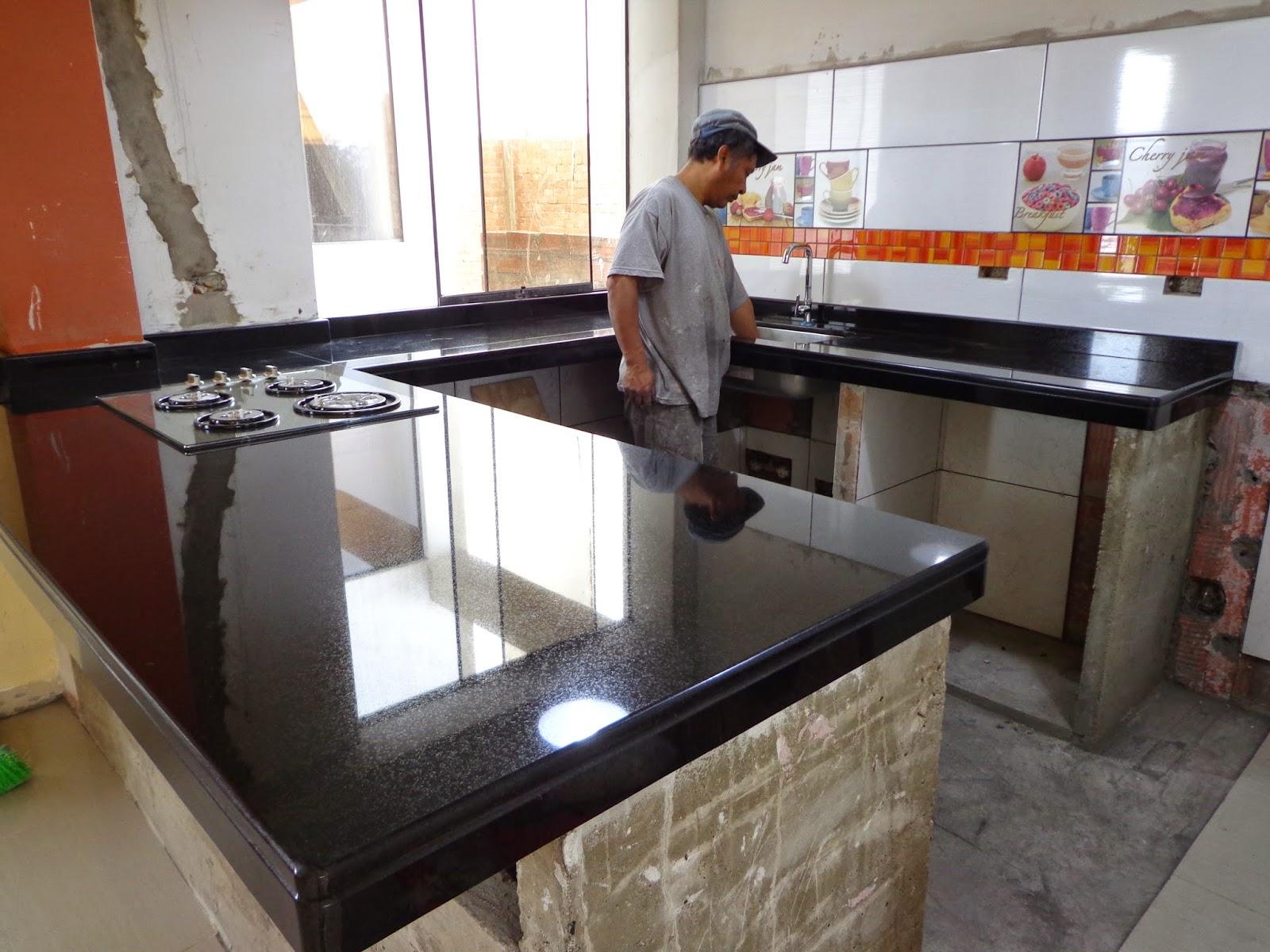 Encimeras cubiertas mesas islas cocina marmol granito lima for Clases de marmol para cocinas