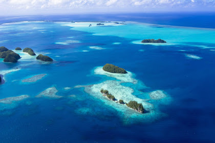 Daftar 10 Laut Terdalam di Dunia