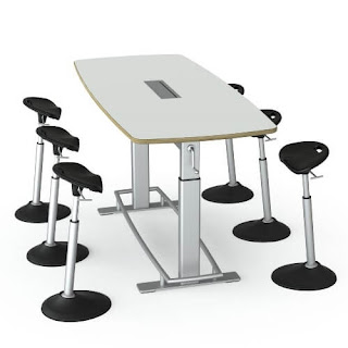 Safco Confluence Table with Mobis Seating