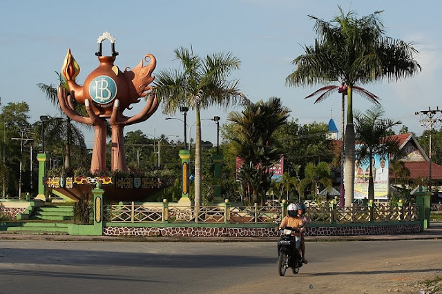 Daya Tarik Tugu Bank Indonesia Kalimantan Barat