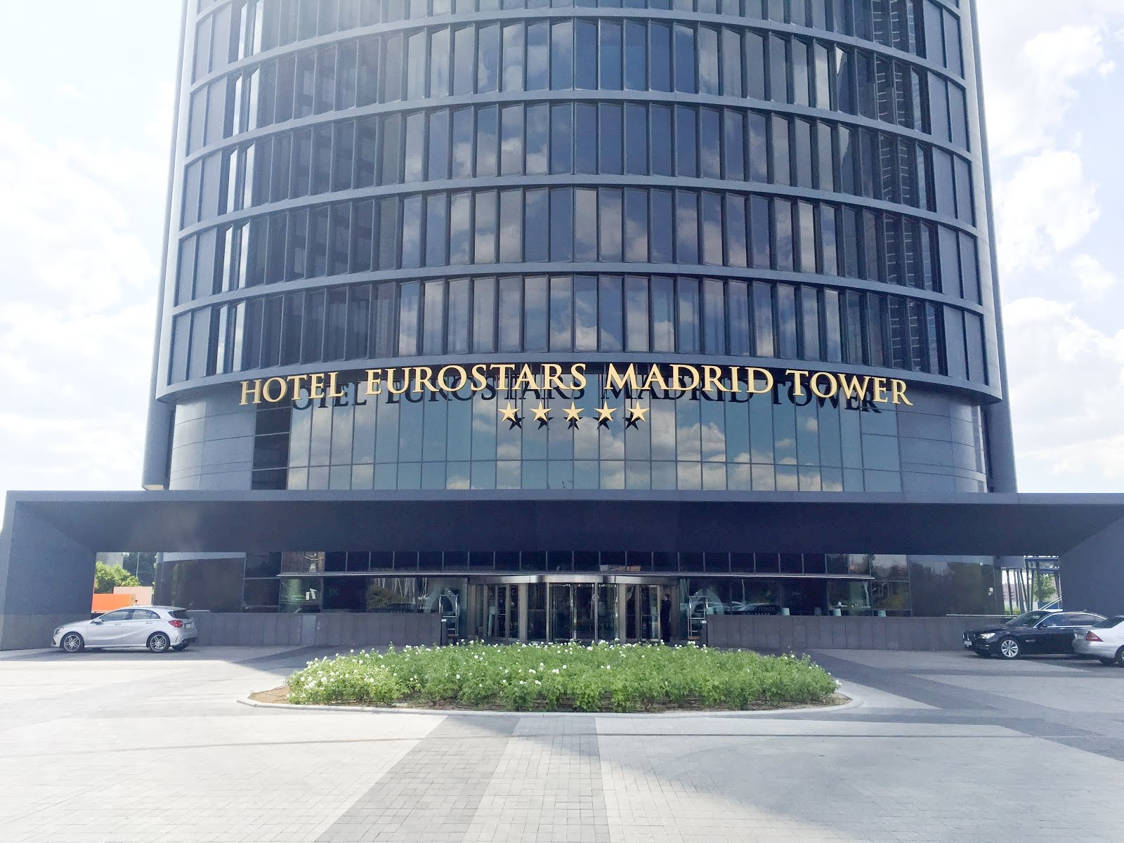 Entrada Eurostars Madrid Tower