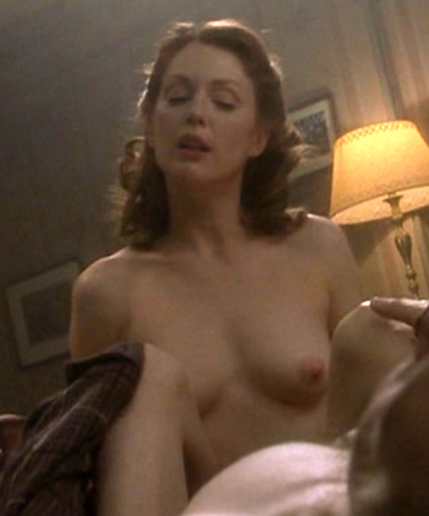 Celebrity Nude Century Julianne Moore -8925