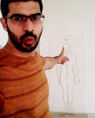 Selfie para instagram, apuntando al corazón del ser.