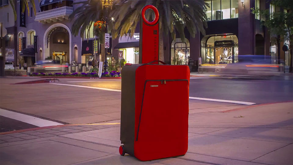 Barracuda: World's First Collapsible Hardside  Luggage.