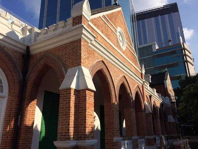 【閒遊古蹟】紅磚瓦頂在城中 前九龍英童學校