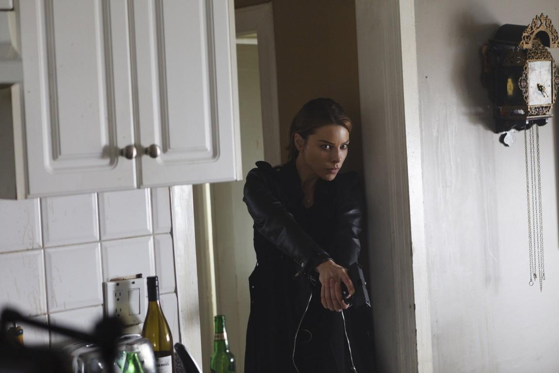 Lucifer - Season 1 Episode 05: Sweet Kicks