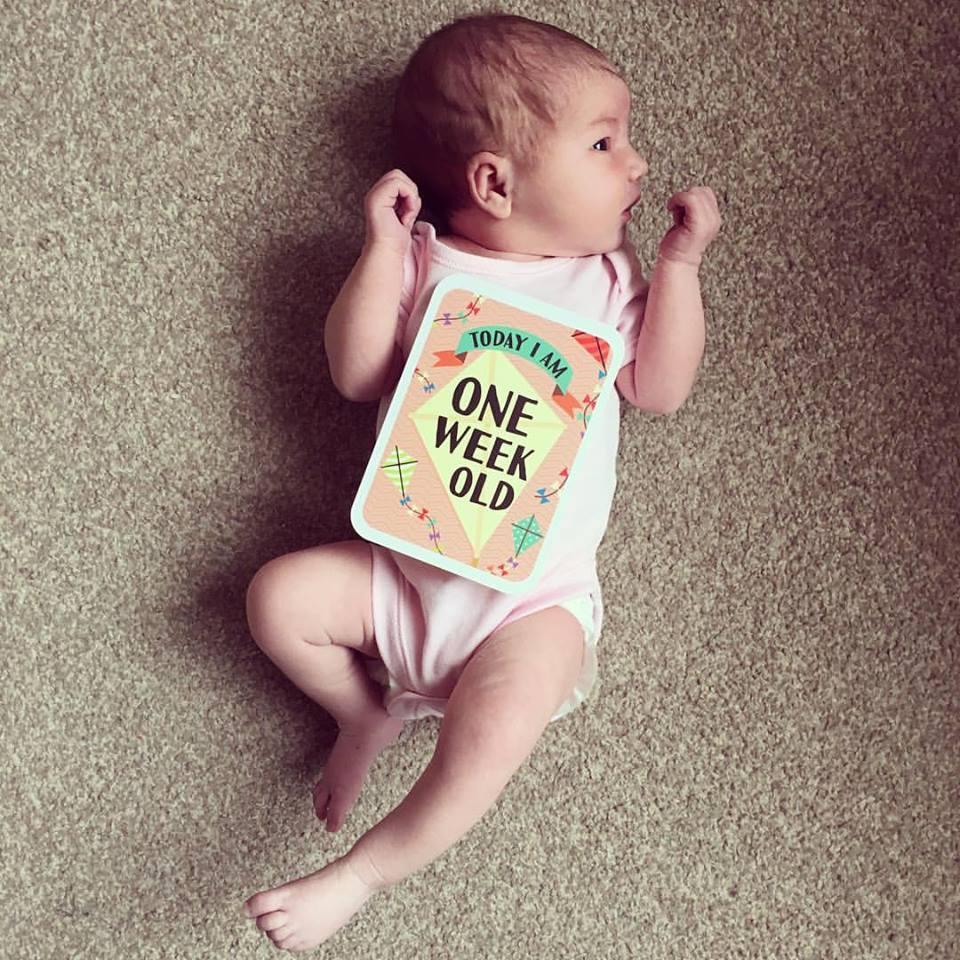 chic geek diary ava 1 week old
