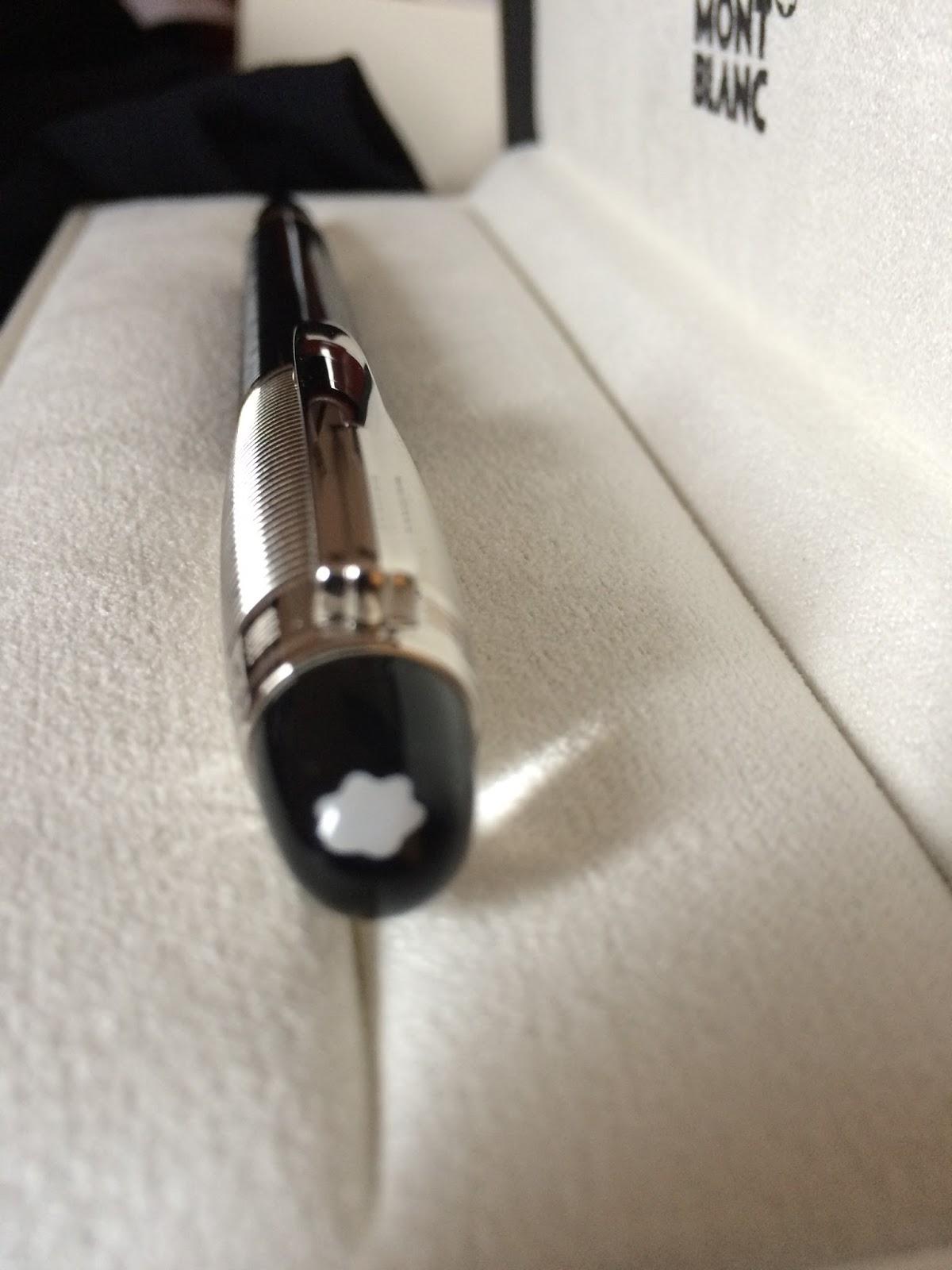 c98fe106ecc ... flutuante que diferenciam essas canetas das linhas mais clássicas da  Montblanc. Os modelos Doue